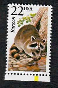 2331 Raccoon North American Wildlife MNH single