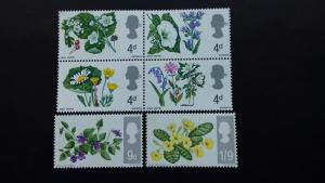 Great Britain -1967 Flowers Mint