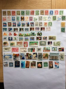 Canada 100 stamps - Lot G