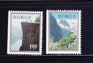 Norway 677-678 Set MNH Views (C)