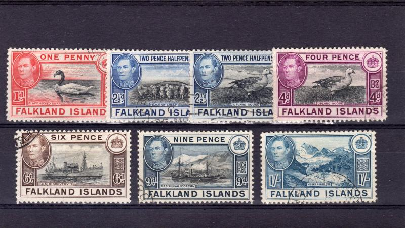 Falkland Islands 1938/49 Lot of 7 Stamps Used Fauna/Ships etc.