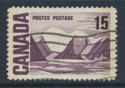 Canada SG 586p Used 2 phosphour bands