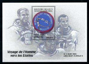 [101239] Madagascar 2000 Space Travel Weltraum Apollo 9 Souvenir Sheet MNH
