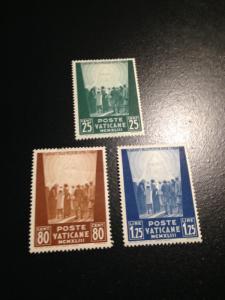 Vatican City sc 77-79 MH