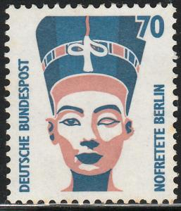 GERMANY-BERLIN 9N550 70pf QUEEN NEFERTARI. MINT, NH. VF. (25)