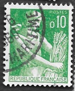 France Scott #939 10c Farm Woman (1960) Used