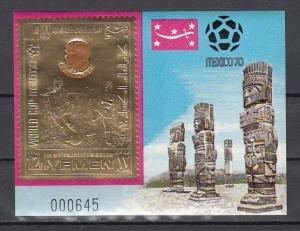 Yemen, Kingdom, Mi cat. 990, BL194. Peru`s Soccer Player, Gold Foil s/sheet. ^