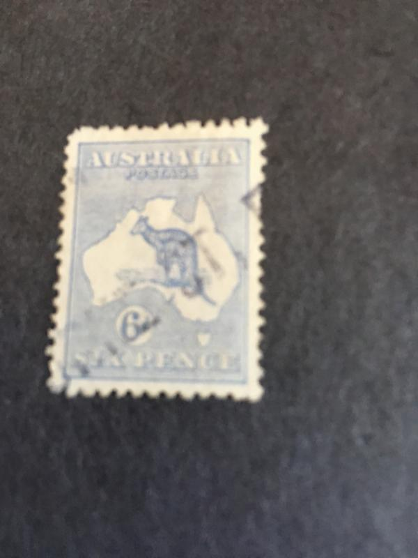 Australia 2015 Scott #48 Used-UL Corner Rounded 1915 6P Roo Light Str LineCancel