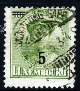 LUXEMBOURG 1925 10c. Yellow-Green Duchess Charlotte Surcharged 5 SG 240 VFU