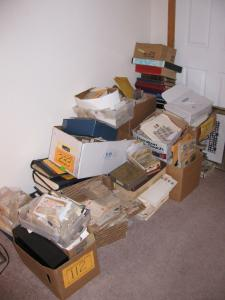 Collection of 750 Old Worldwide Amazing 1000000's Hoard ! MILLIONS ! INCREDIBLE