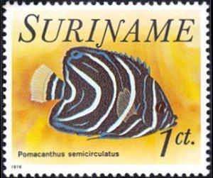 Surinam # 447 mnh ~ 1¢ Fish - Pomacanthus semicirculatus