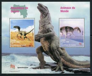 GUINEA 1998 ANIMALS OF THE WORLD DINOSAUR  SOUVENIR SHEET  MINT NH
