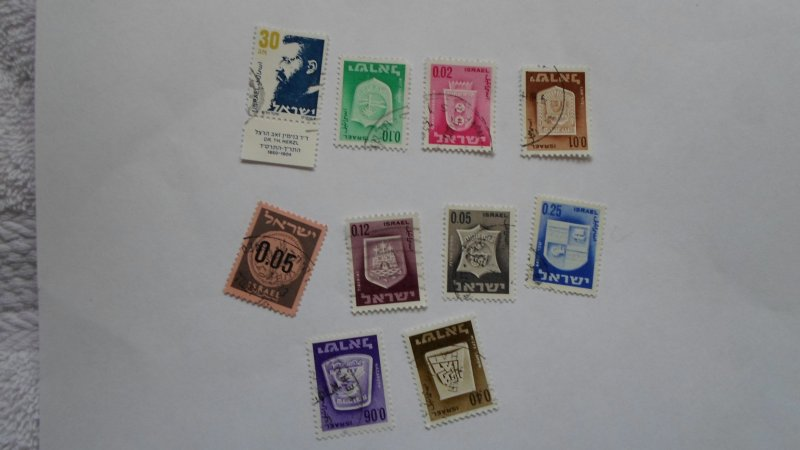 ISRAEL STAMPS MIXED CONDITION. LOT OF 10 STAMPS ( 8