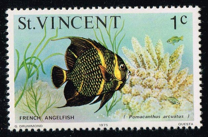 St. Vincent #407 French Angelfish; MNH (0.25)