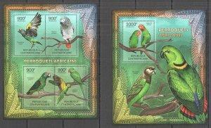 CA858 2012 CENTRAL AFRICA FAUNA BIRDS LES PERROQUETS AFRICAINS PARROTS BL+KB MNH