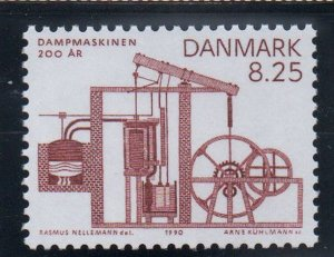 Denmark  Scott  912 1990 200th Anniversary Steam Engine stamp mint NH