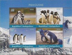 Madagascar MNH S/S Penguins 2018
