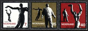 Netherlands 432-434, MNH. Resistance movement of WW II. Statues, 1965