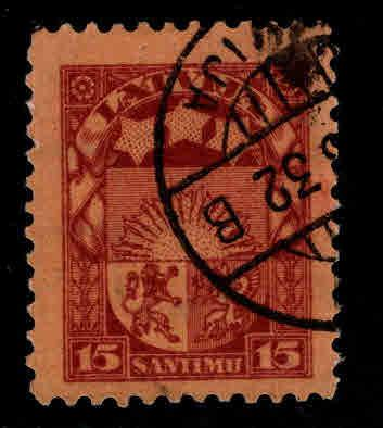 Latvia Scott 145 Used coat of arms stamp
