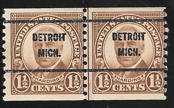 686 1 2 Cent Harding Brown LINE PAIR Precacel Stamp Used F HipStamp