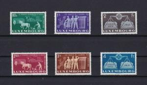 LUXEMBOURG 1951 UNITED EUROPE MNH STAMPS SET CAT £450  REF 4880