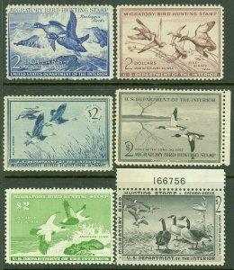 EDW1949SELL : USA 1952-58 Scott #RW19-20, 22-25 Mint Original Gum. Catalog $520.