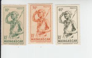 1946 Madagascar Southern Dancer (Scott 269-71) MHR