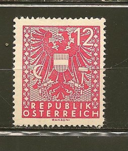 Austria 438 Coat of Arms Mint Hinged