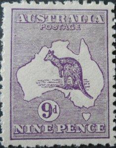 Australia 1913 Nine Pence Kangaroo SG 10 mint