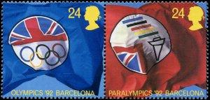 Great Britain - Scott #1451 -  1452 - 1992 QE II 24p Multicoloured - MNH