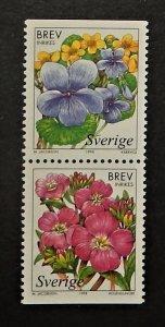 Sweden 2279-80. 1998 Wetland Flowers, se-tenant pair, NH