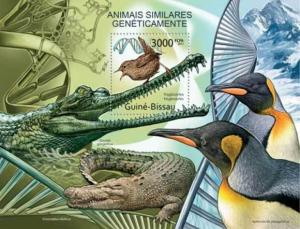 Guinea-Bissau - Genetically Similar Species - Souvenir Sheet- GB11738b