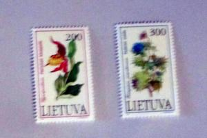 Lithuania - 425-26, MNH Set. Flowers. SCV - $0.80