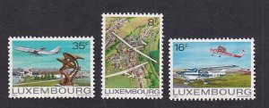 Luxembourg   #663-665     MNH   1981  gliders  airport  planes