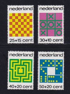 Netherlands  #B497-B500   MNH  1973  Child Welfare  games  chess  dominoes