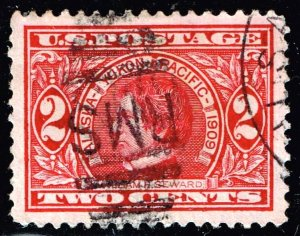 US STAMP SUPERB #370 1909 2¢ Alaska-Yukon Pacific Exposition USED SUPERB