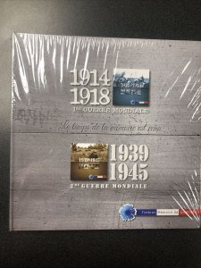 WW1 & WW2 -2 Booklets Collection - France- Each Booklet Contains 5 Permanently.
