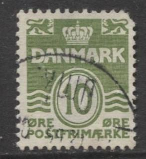 Denmark - Scott 318 - Definitive Issue -1950 - Used - Single 10o Stamp