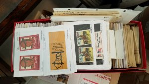 LOT OF 100 USA AND INTERNATIONAL POSTER CINDERELLA STAMPS FROM OLD SCHOOL HOARD