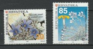 Croatia 1992 Flowers 2 MNH Stamps