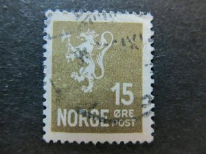 A5P28F80 Norway 1926-34 15o size 16x19 1/2 used