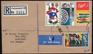 GB 1968 Registered airmail cover to New Zealand - nice franking............44610