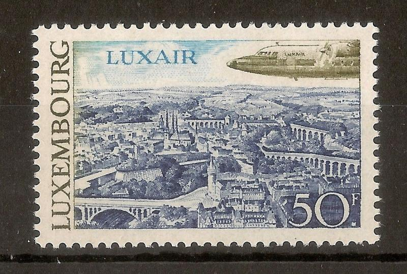 Luxembourg 1968 50fr Tourism SG828 MNH