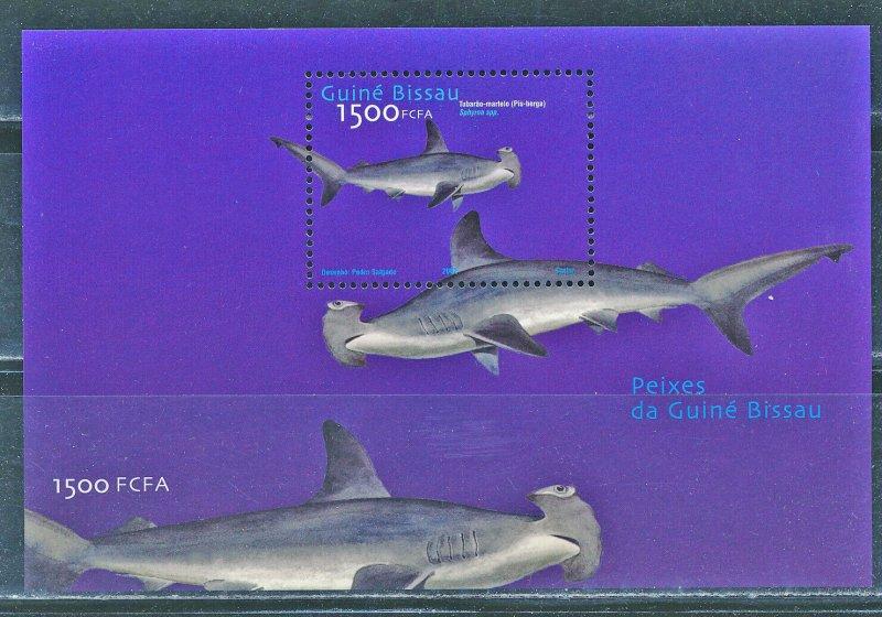 Guinea-Bissau MNH S/S Sharks Marine Life 2002