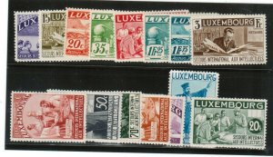 Luxembourg #B65a - #B65q Very Fine Never Hinged Fresh Set