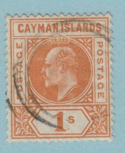 CAYMAN ISLANDS 12 USED   NO FAULTS VERY  FINE !