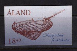 Aland #112a (1995 Ships complete booklet) VFMNH CV $9.50