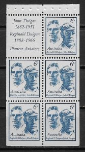 1970 Australia 454a Reginald C. & John R. Duigan MNH booklet pane of 5 + label
