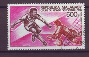 J17722 JLstamps 1973 madagascar set of 1 used #c120 sports