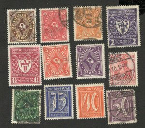 GERMANY - 12 USED/MH OLD STAMPS - NICE LOT   (120)